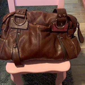 B. Makowsky handbag
